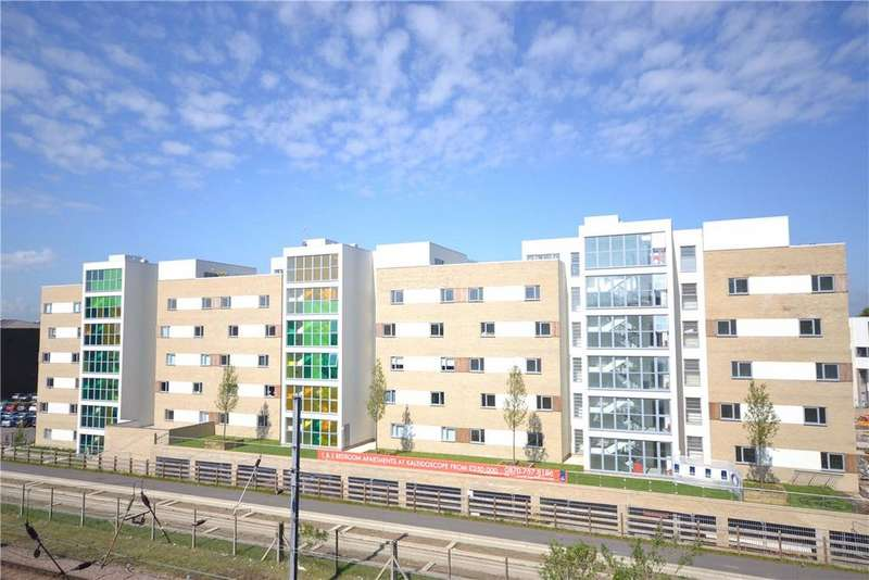 2 Bedrooms Apartment Flat for sale in Glenalmond Avenue, Cambridge, CB2