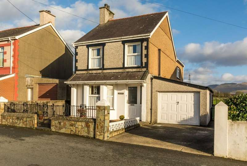 3 Bedrooms Detached House for sale in Penygroes, Caernarfon, North Wales