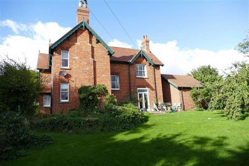 4 Bedrooms Detached House for rent in Londesborough