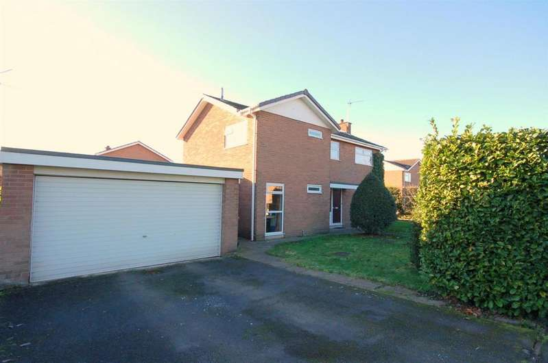 4 Bedrooms Detached House for sale in Dunnocksfold Road, Alsager