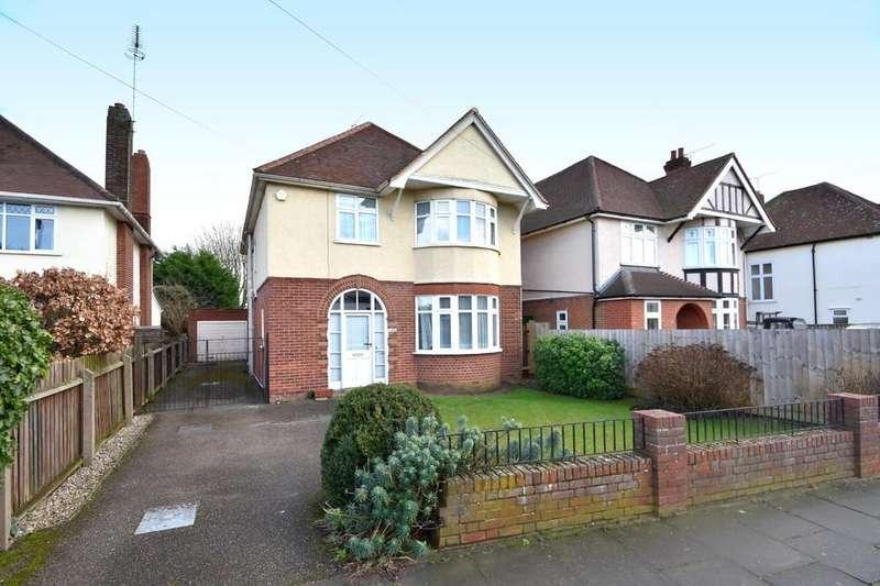 4 Bedrooms Detached House for sale in Henley Road, Ipswich, IP1 4NS