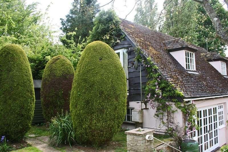 2 Bedrooms Property for rent in Bladon OX20