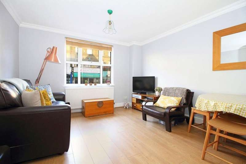 3 Bedrooms Flat for sale in Blackstock Road, N4 2DR