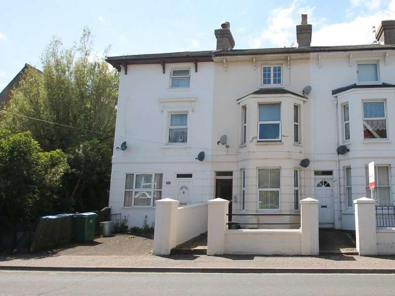 1 Bedroom Flat for sale in Arundel Road, Littlehampton, BN17