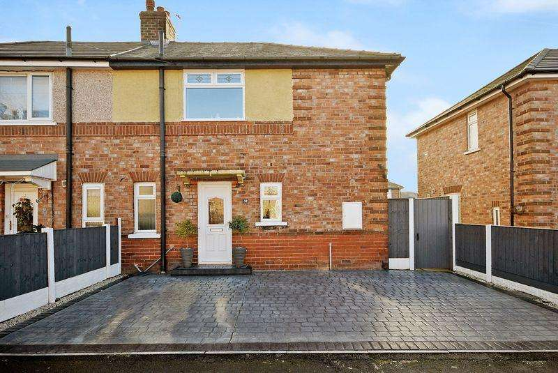 3 Bedrooms Semi Detached House for sale in Gloucester Road, Widnes