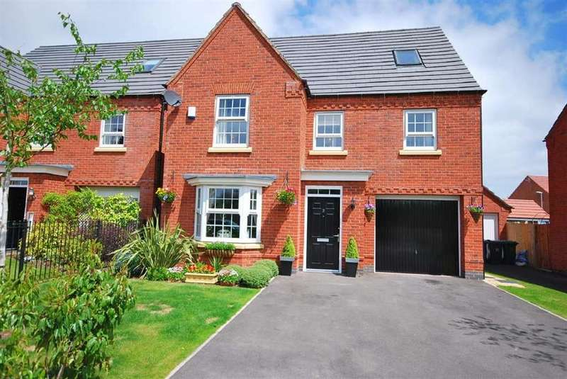 6 Bedrooms House for rent in Chipmunk Way, Nottingham