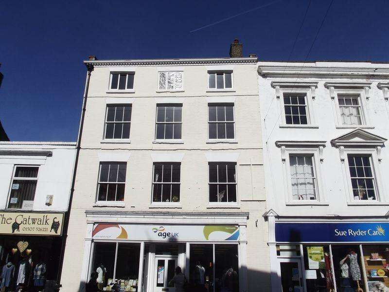 3 Bedrooms Apartment Flat for rent in High Street, Horncastle