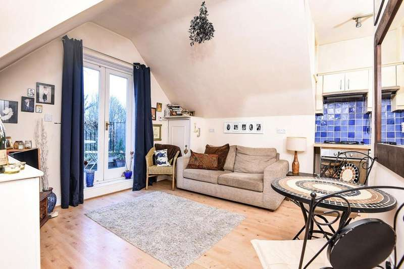 1 Bedroom Flat for sale in Nightingale Lane, Wandsworth Common