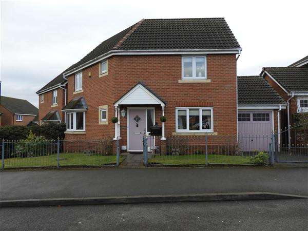 3 Bedrooms Detached House for sale in Thornbury Road, Walsal