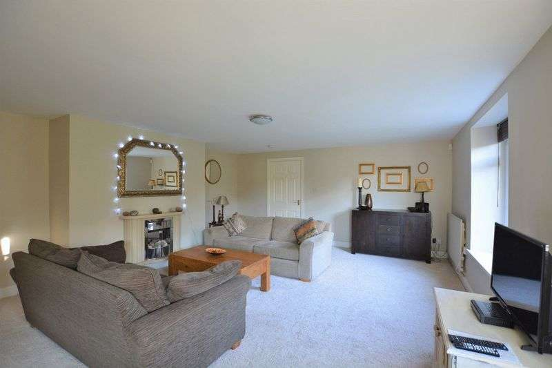 2 Bedrooms Property for sale in Beach Road, St. Bees