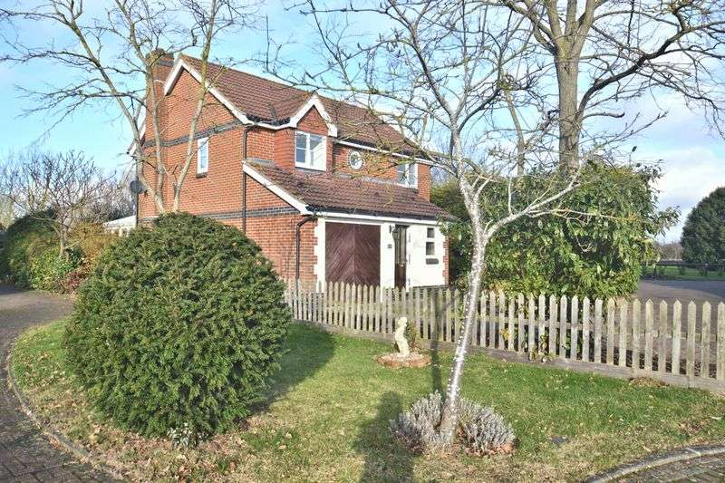 3 Bedrooms Property for sale in Wansbeck Wood, Didcot