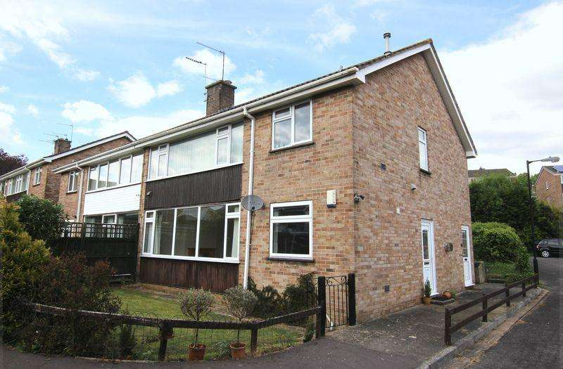 2 Bedrooms Apartment Flat for sale in Westover Rise, Bristol