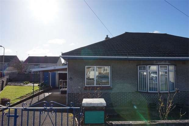 2 Bedrooms Semi Detached Bungalow for rent in Idris Place, Bridgend, Mid Glamorgan