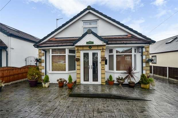 4 Bedrooms Detached Bungalow for sale in Mossway, Middleton, Manchester, Lancashire