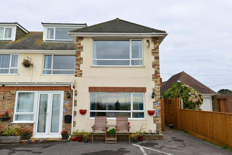 2 Bedrooms Apartment Flat for sale in Marine Drive West, Barton On Sea, New Milton