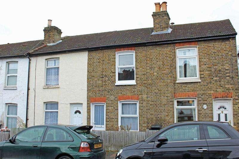 2 Bedrooms Terraced House for sale in Sanderstead Road, Sanderstead, Surrey