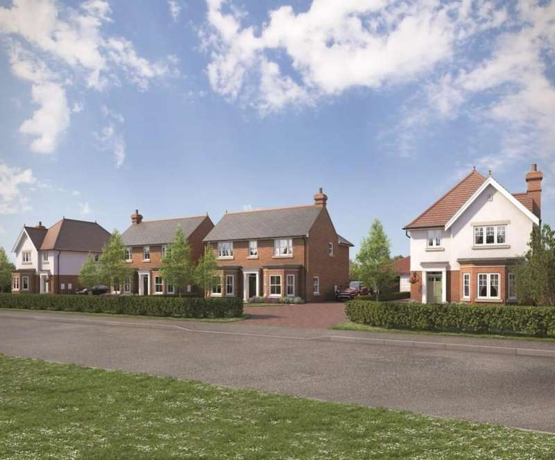 4 Bedrooms Detached House for sale in Norwood Place, Mistley, Manningtree
