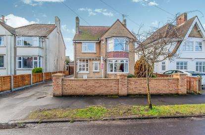 House for sale in Buckthorn Avenue, Skegness, Lincolnshire