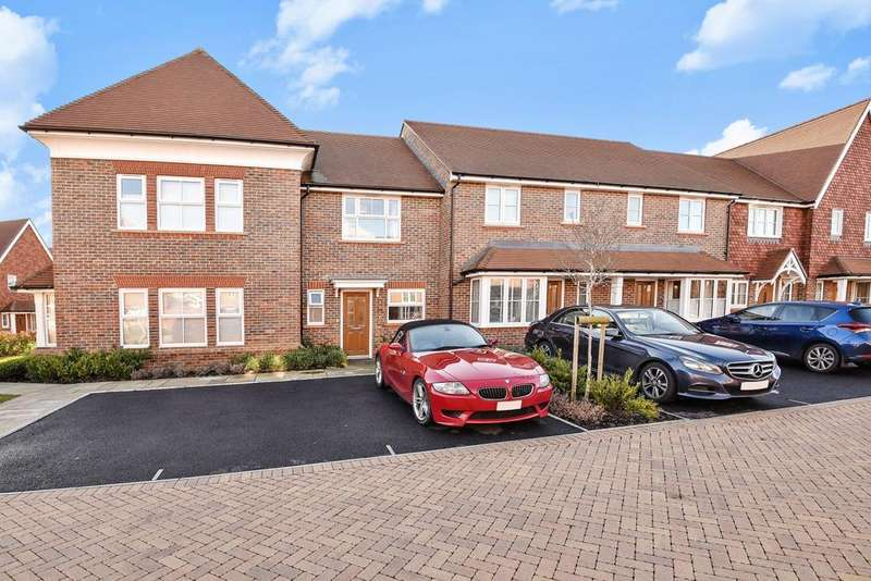 2 Bedrooms House for sale in Highwood Crescent, Highwood, Horsham, RH12