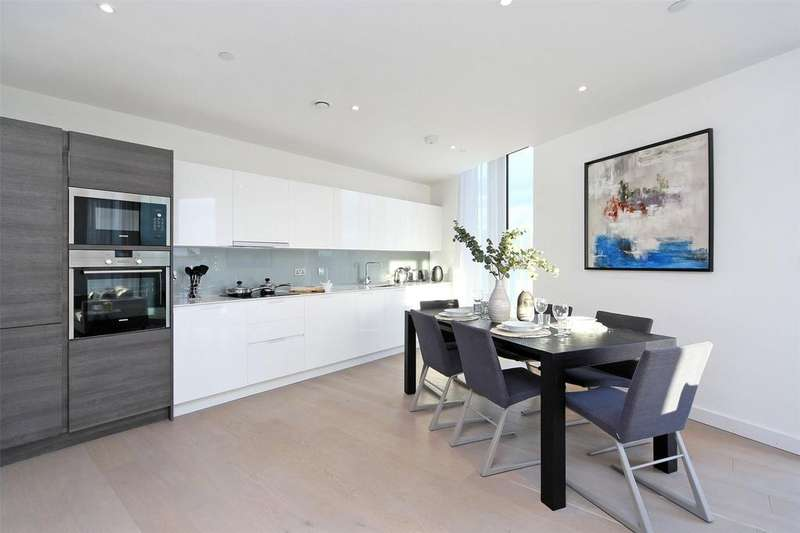 2 Bedrooms Flat for sale in River Gardens Walk, Banning Street, Greenwich, London, SE10