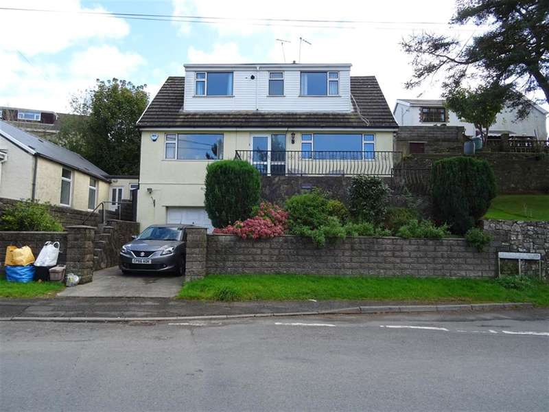 3 Bedrooms Bungalow for sale in Penprysg Road, Pencoed, Bridgend, CF35 6LT