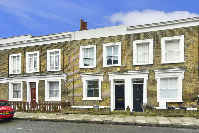 3 Bedrooms Terraced House for sale in Northampton Grove, N1 2PL