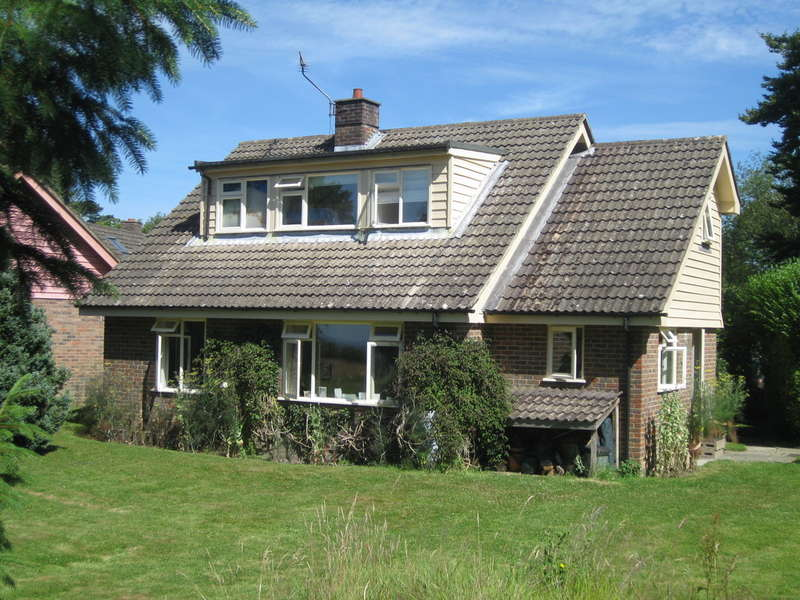 4 Bedrooms Detached House for sale in Hoathly Hill, West Hoathly