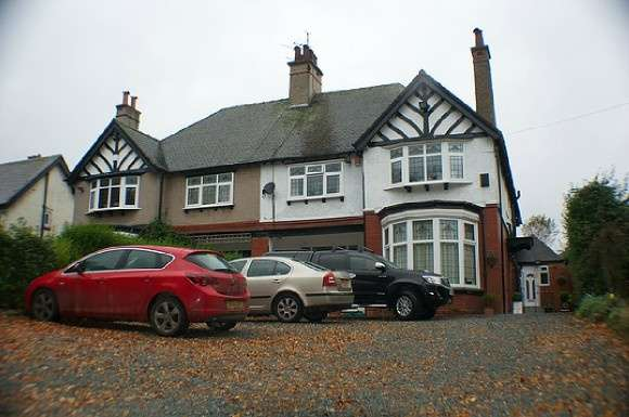 1 Bedroom House Share for rent in Room 2 - Weston Road, Stoke-On-Trent