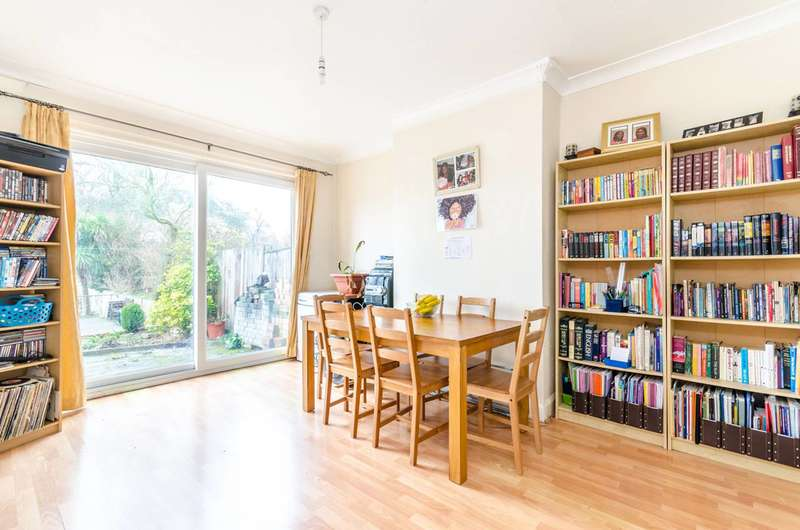 3 Bedrooms House for sale in Weigall Road, Blackheath, SE12