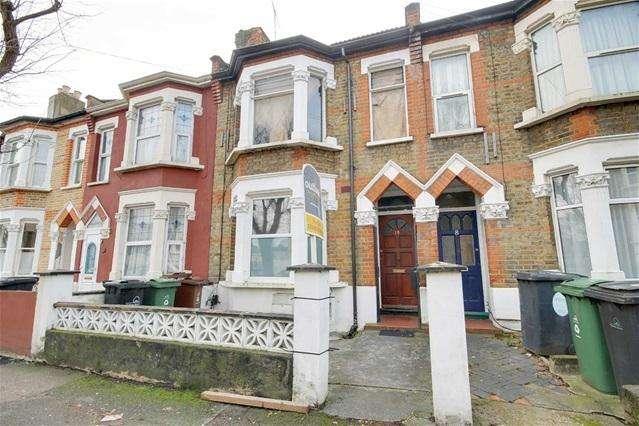 1 Bedroom Flat for sale in Dawlish Road, Leyton