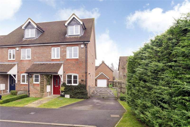 4 Bedrooms End Of Terrace House for sale in Thornybush Gardens, Medstead, Alton, Hampshire