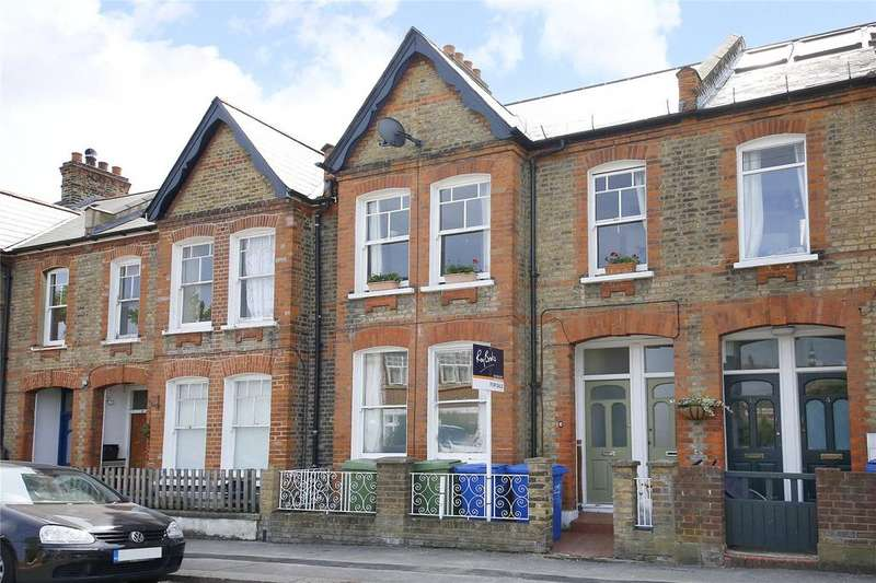2 Bedrooms Apartment Flat for sale in Inverton Road, Nunhead, London, SE15