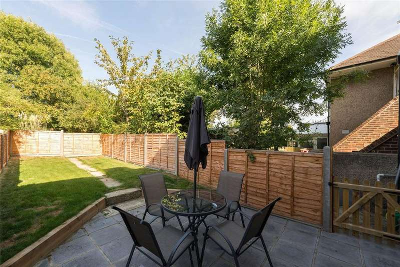 2 Bedrooms Maisonette Flat for sale in Kenilworth Road, Petts Wood, BR5