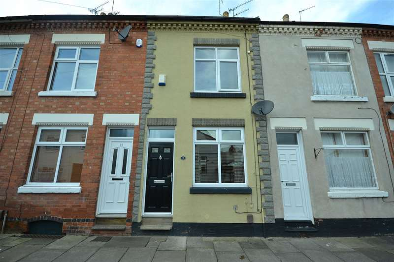 3 Bedrooms Terraced House for sale in Clifton Road, Leicester