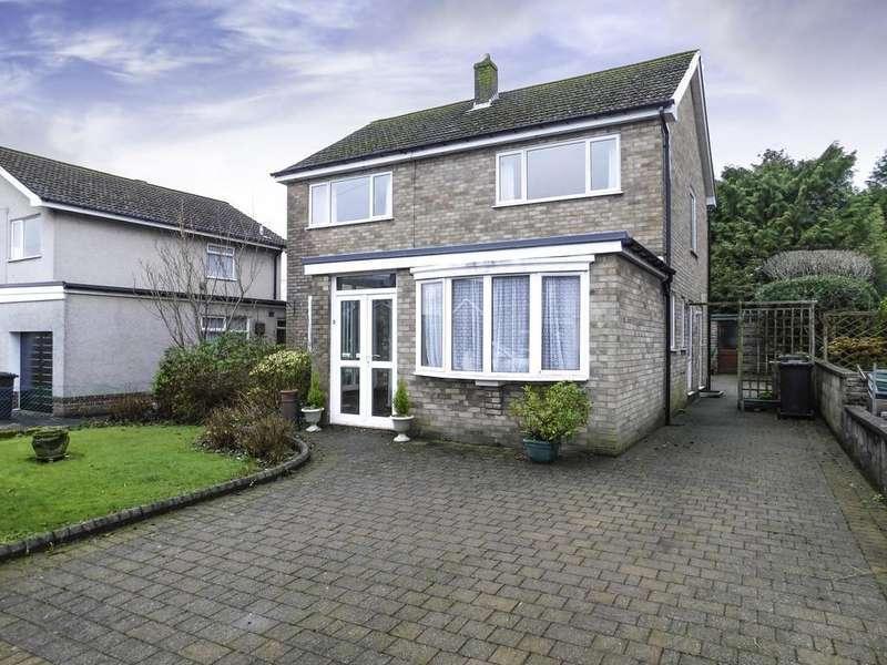 3 Bedrooms Detached House for sale in Whinfield Road, Ulverston LA12 7HG