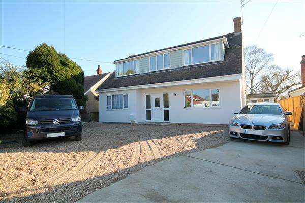 4 Bedrooms House for sale in Holland Road, Little Clacton