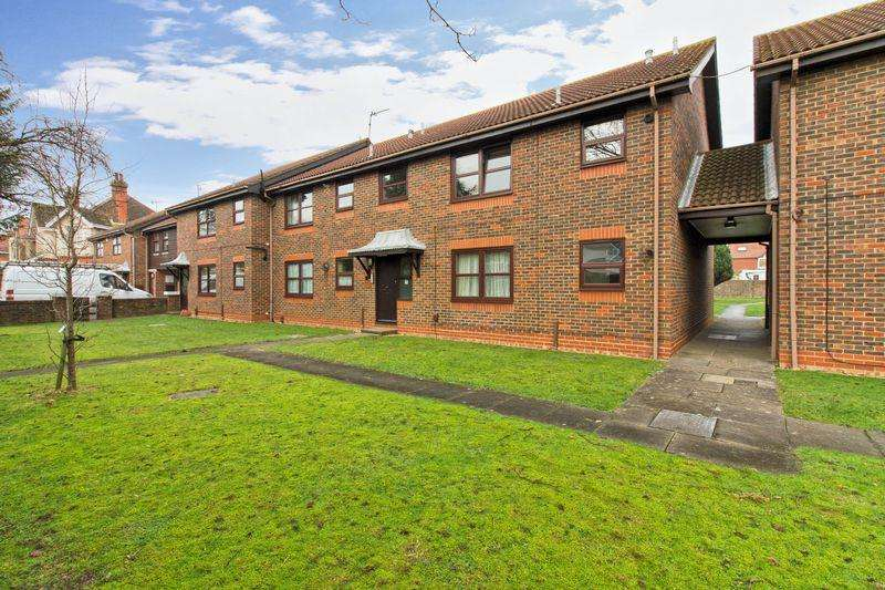 2 Bedrooms Apartment Flat for sale in Bulkington Avenue, Worthing