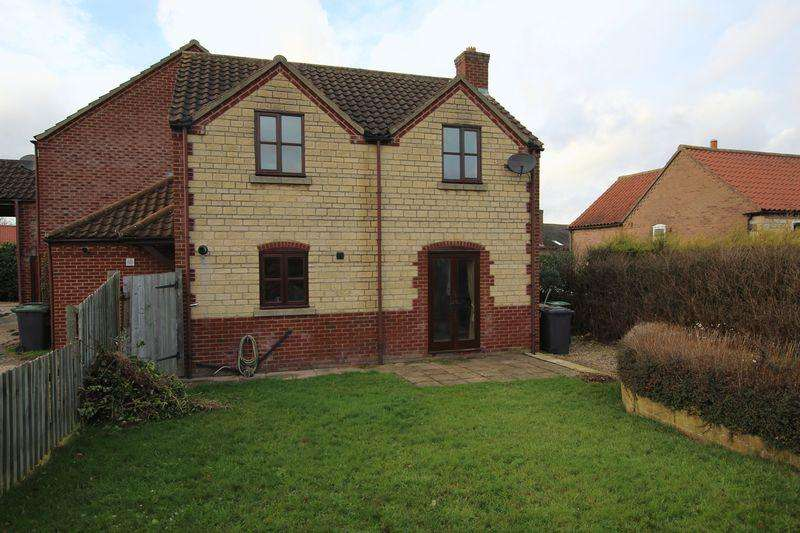 3 Bedrooms Semi Detached House for sale in 8 Courtyard Mews, Grantham Road, Navenby
