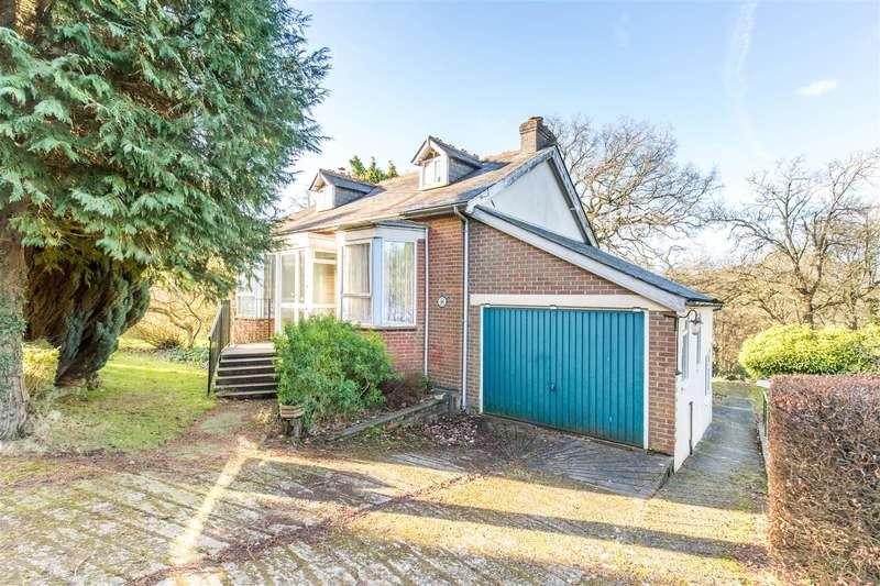 3 Bedrooms Detached House for sale in Maesmaur Road, Tatsfield, Westerham