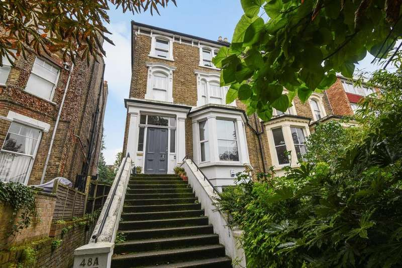2 Bedrooms Flat for sale in Valley Road, Bromley