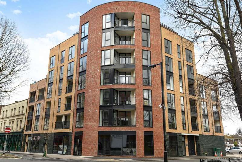 3 Bedrooms Flat for sale in Rye Lane, Peckham