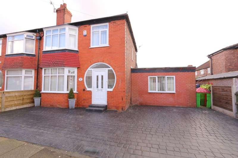 3 Bedrooms Semi Detached House for sale in Granada Road, Denton, Manchester, M34