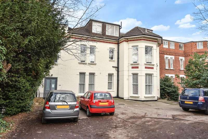 3 Bedrooms Flat for sale in Beulah Hill, Crystal Palace