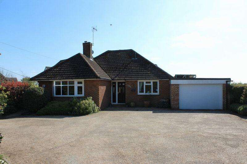 3 Bedrooms Bungalow for sale in Mereworth
