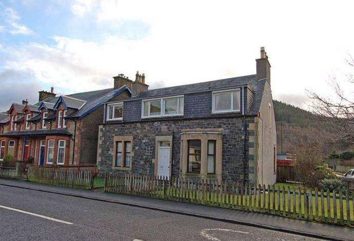 2 Bedrooms Flat for sale in 30 Princes Street, Innerleithen, EH44 6JX