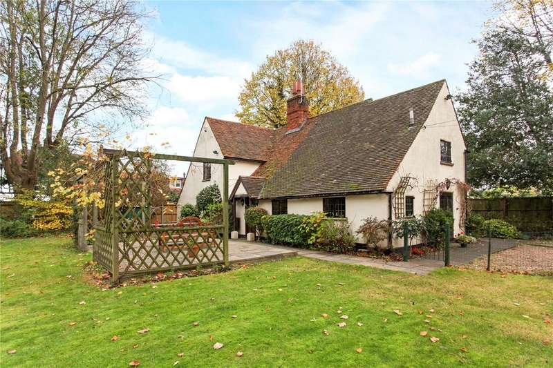 3 Bedrooms Detached House for sale in Ferry Road, Bray, Berkshire, SL6