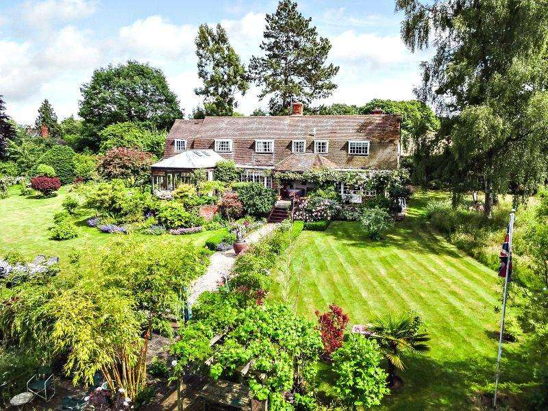 4 Bedrooms Detached House for sale in Stanford Dingley, Reading