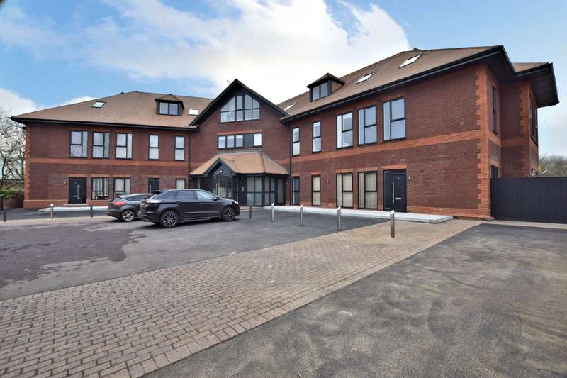 1 Bedroom Flat for sale in Mulberry House, Carey Road, Wokingham, RG40