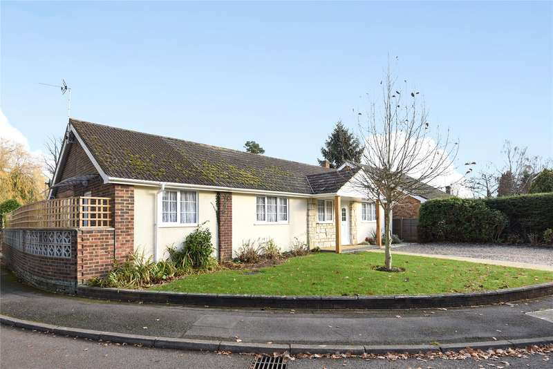 3 Bedrooms Detached Bungalow for sale in Lowther Road, Wokingham, Berkshire, RG41