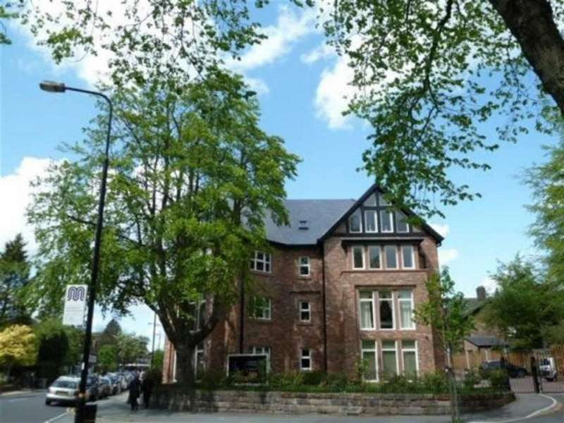 2 Bedrooms Flat for rent in 231 Ashley Road, Hale